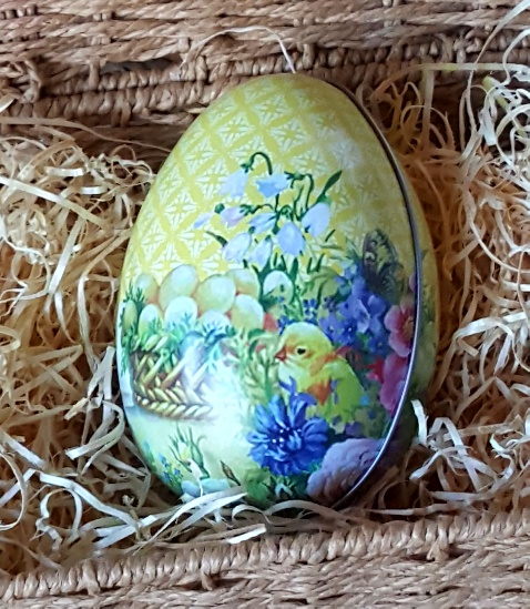 Yellow spring easter egg gift tin by gisela graham scandinavian yellow spring easter egg gift tin by gisela graham scandinavian boutique hyggestyle negle Image collections