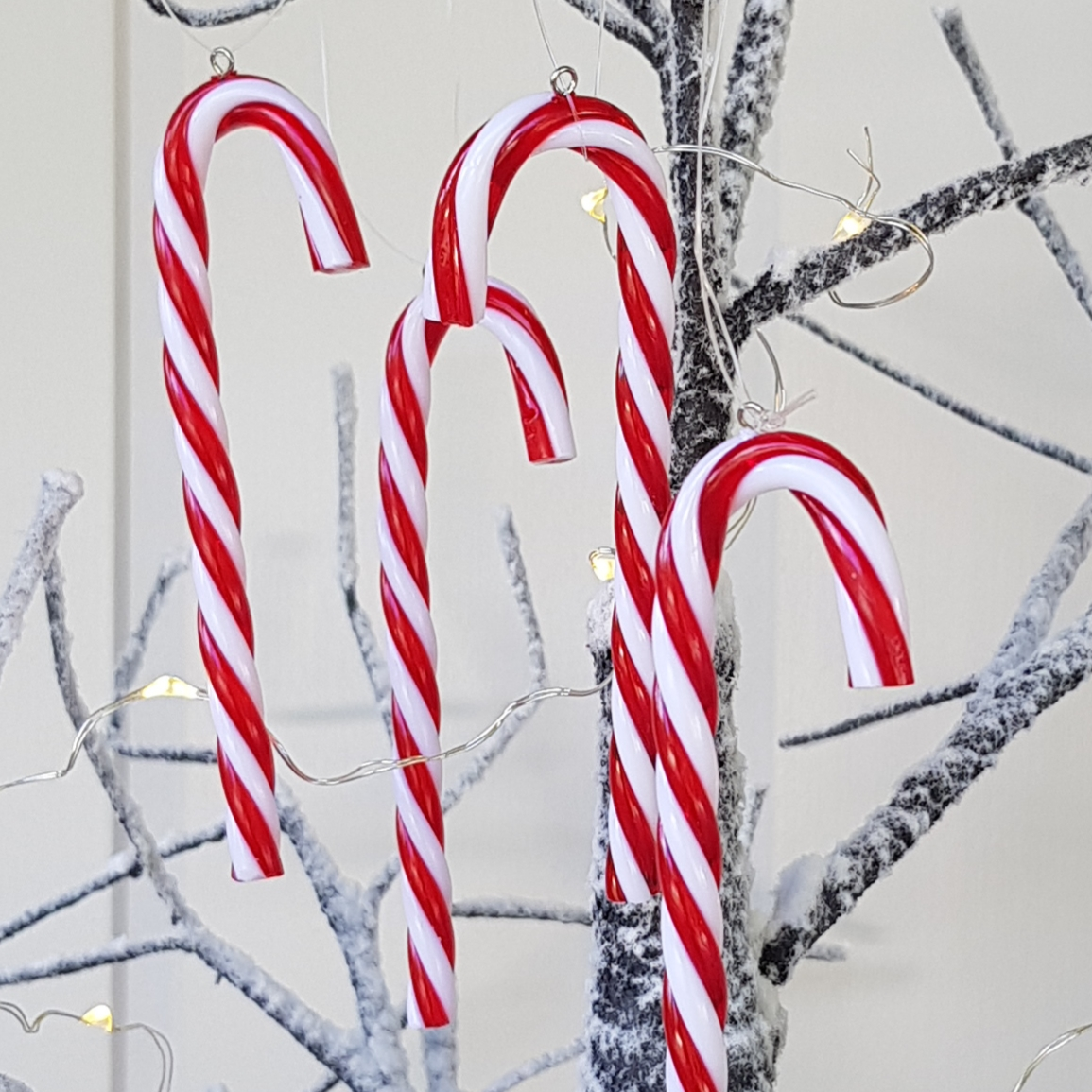 pack of 12 red and white acrylic candy cane christmas tree decorations by gisela graham scandinavian boutique hyggestylecouk