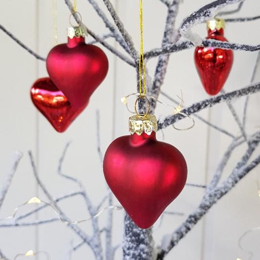 Christmas Heart Decoration.Pack Of 6 Matt Shiny Red Heart Glass Christmas Tree Baubles By Gisela Graham