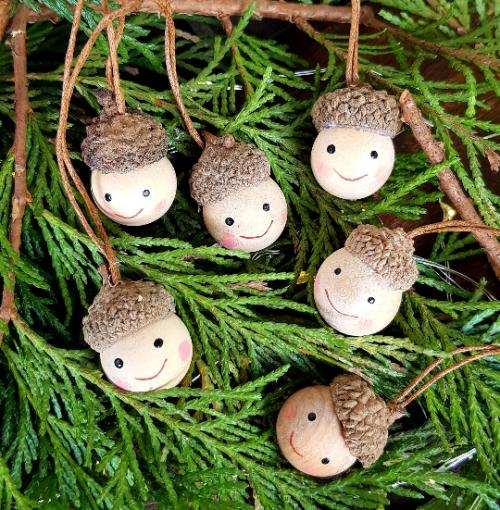 Wood Christmas Decorations.Set Of 6 Wooden Acorn Elf Pixie Heads Hanging Ornaments