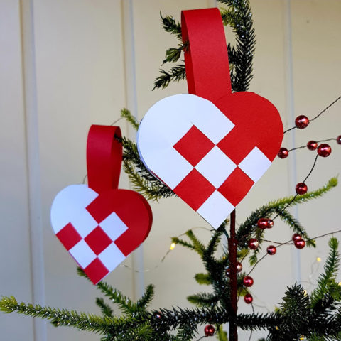 danish christmas heart baskets