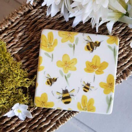 gisela graham buttercup bee ceramic coaster